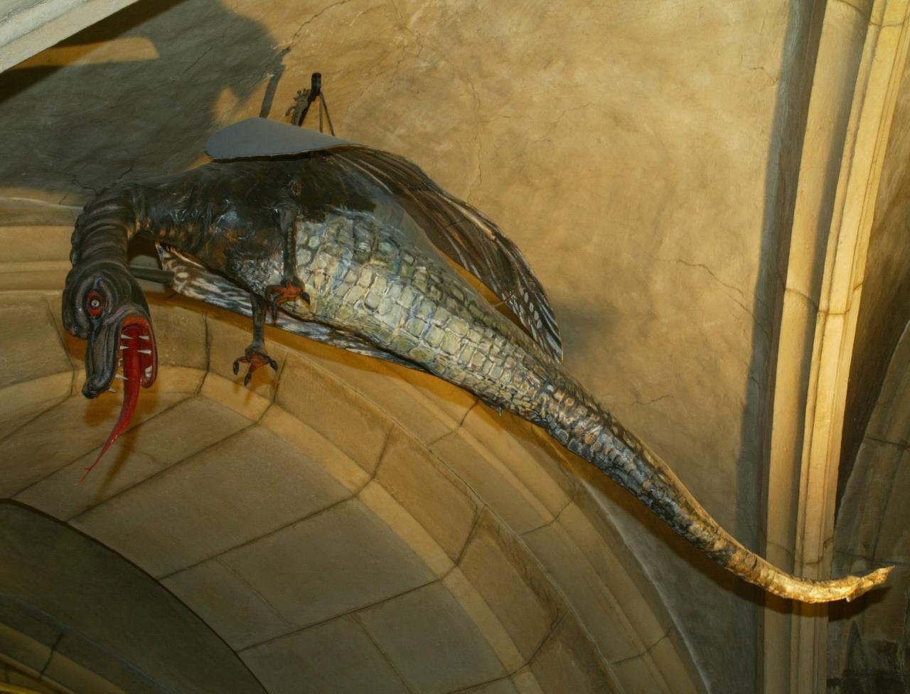 Cryptozoologie cryptozoology Metz lorraine reptile géant cryptide espèce inconnue Sablon Woippy Graoully Graouli Ichtyosaure Graouilly Graouilli Graully Saint Clément